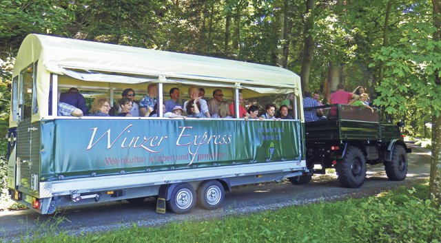 Winzer-Express in den Fellbacher Weinbergen